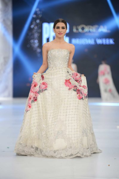 pakistani designer white bridal gown 2016-2017