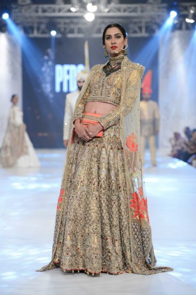 pakistani designer golden bridal lehenga choli 2016-2017