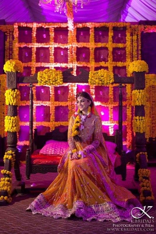 Pakistani Bridal Mehndi Dresses