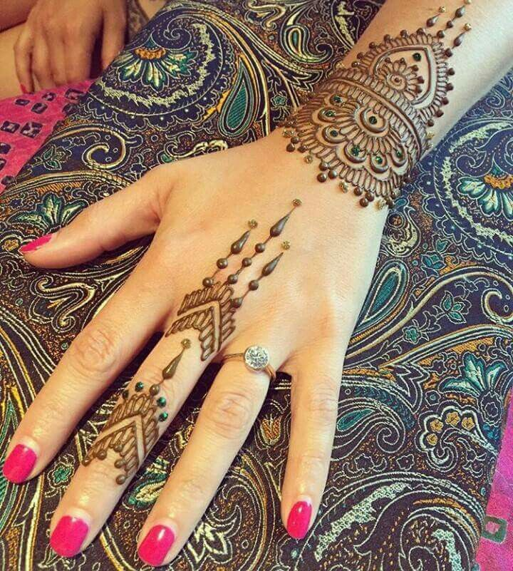 Mehndi New 2017 : Mehndi design of makedes