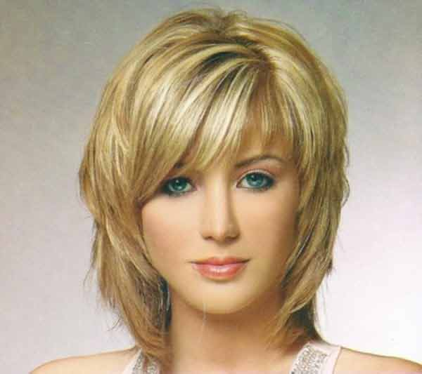 perfect best summer short hairstyles 2020 in pakistan with front hair bangs