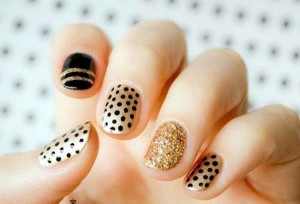 new black and golden polka dots eid party nail art designs 2017 for pakistani girls