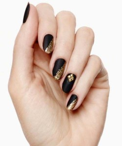 best style of black and golden eid party nail art designs 2017 for pakistani girls