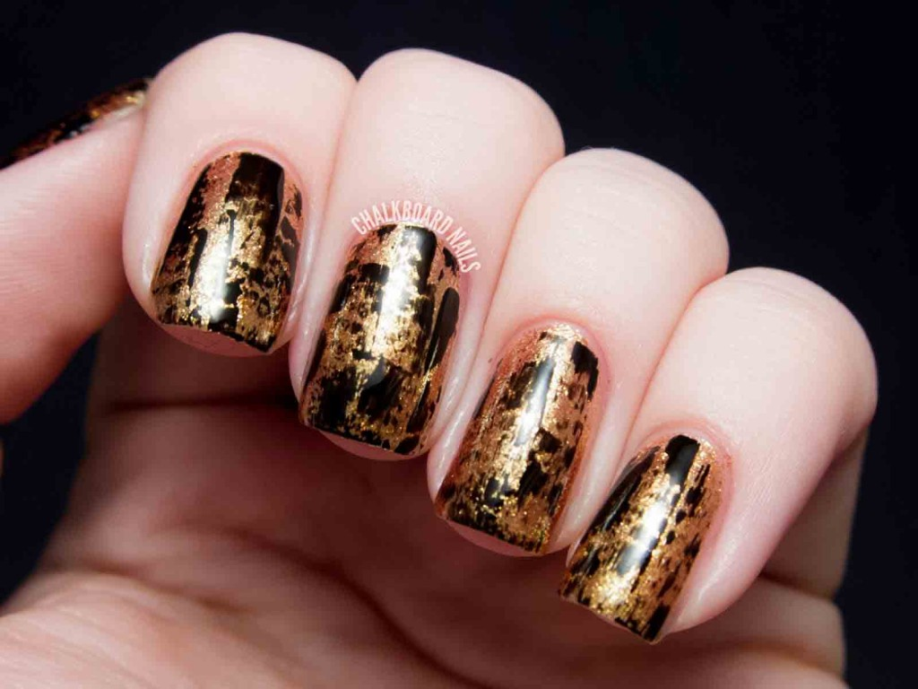 stylish black and golden eid party nail art designs 2017 for pakistani girls