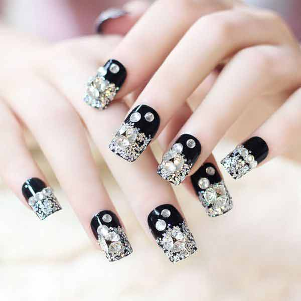 latest silver and white eid party nail art designs 2017 for pakistani girls