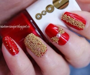 Red And Golden glitter Nails For Wedding
