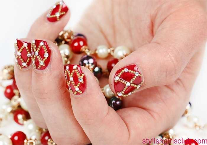 Red And Golden Nails For Wedding 2021