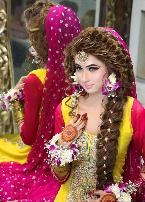 braided mehndi hairstyle 2017 with flowers
