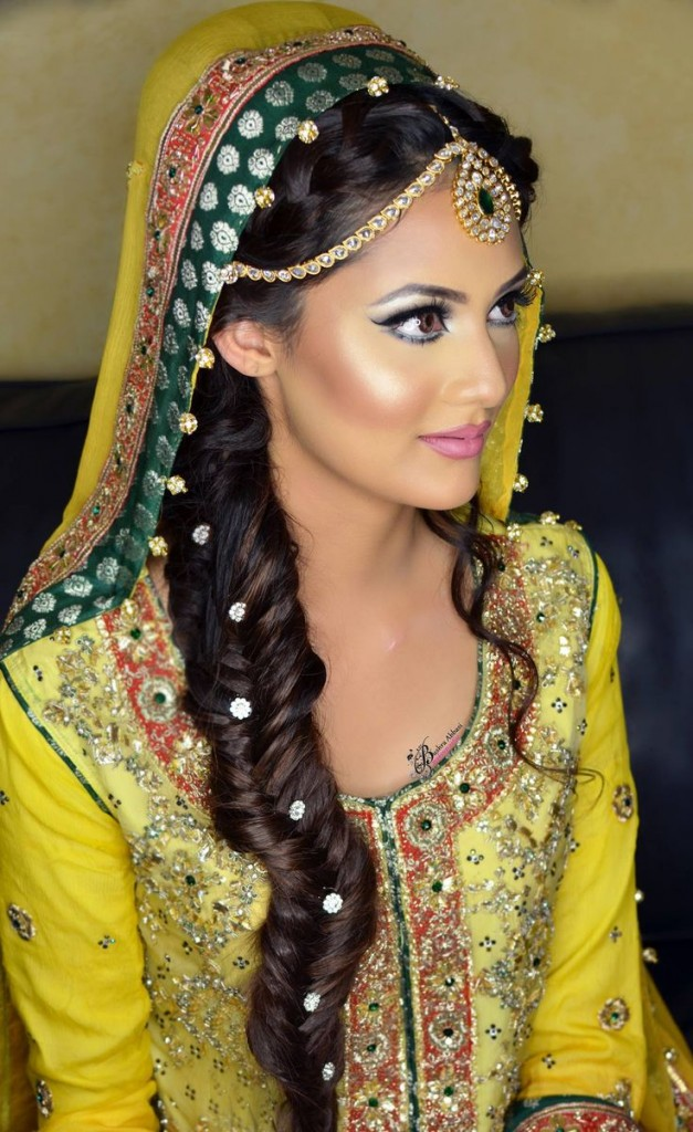 Mehndi hairstyles 2017 for brides