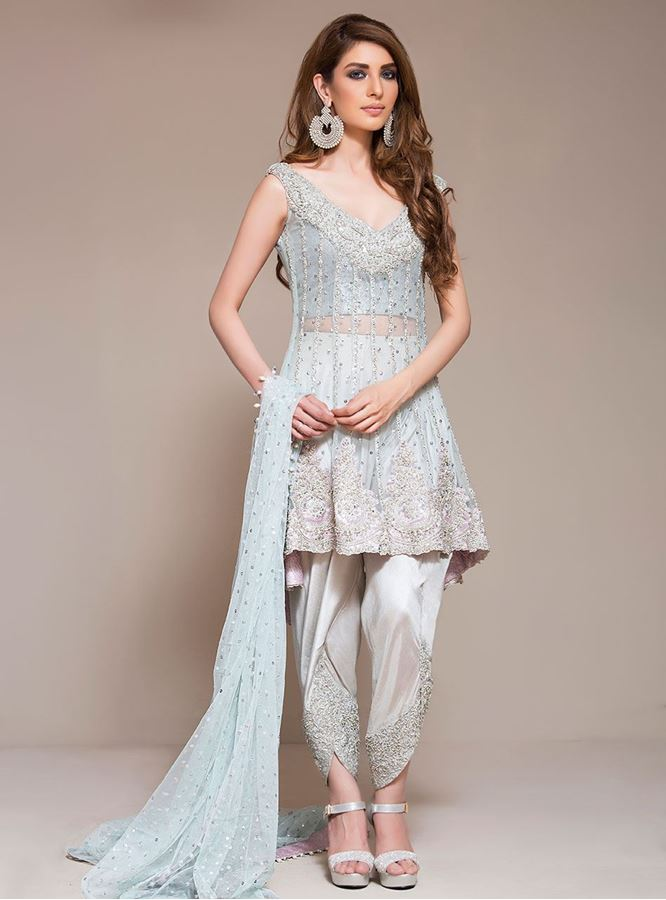 1ef870e97b1e Latest Pakistani Eid Dresses 2018 For Girls   Women