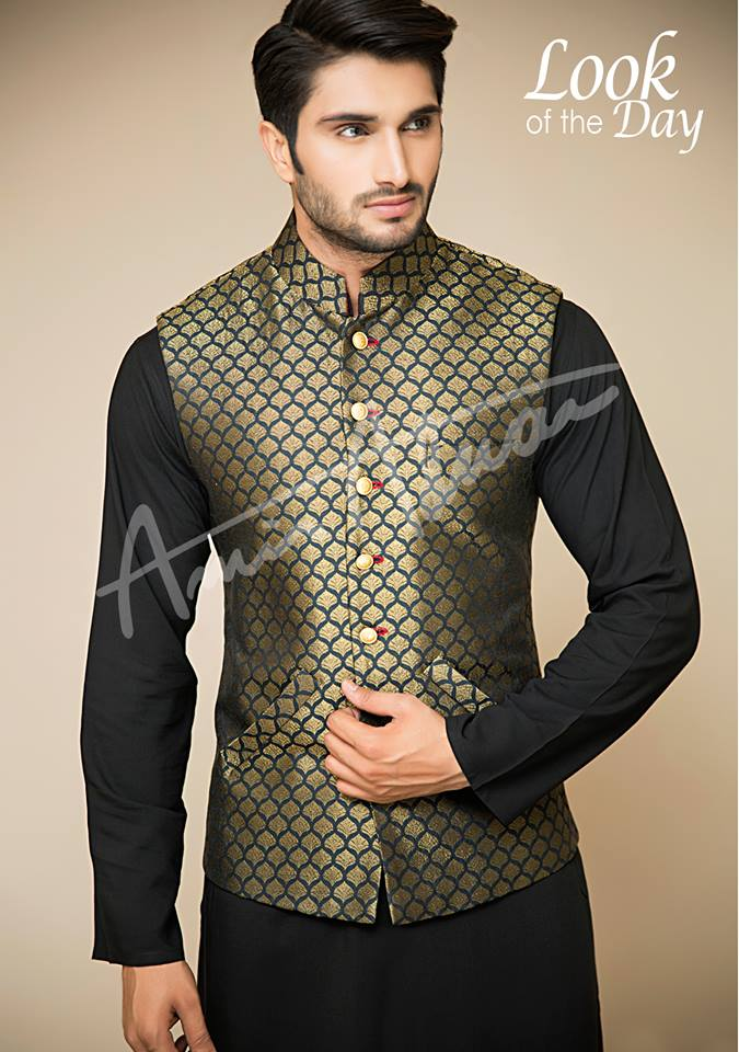 New style waistcoat for mehndi function