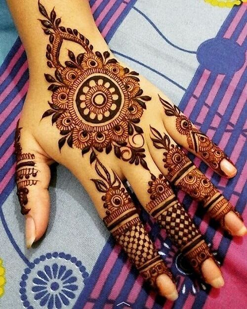 Latest Simple Arabic Mehndi Designs For Eid | FashionGlint