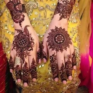 Latest Simple Arabic Mehndi Designs For Eid