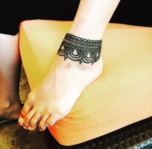 Latest Simple Arabic Mehndi Designs For Eid Ankle