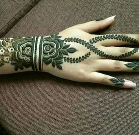 Latest Simple Arabic Mehndi Designs 2017 For Eid 8