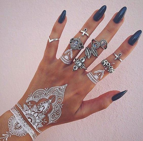 White mehndi designs for eid 2017