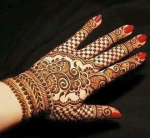 Best Punjabi Henna Designs for Back of Hands