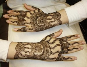Best Punjabi Mehndi Designs for Back of Hands