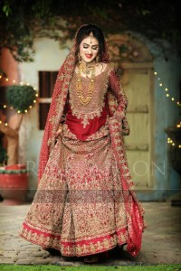 Beautiful Pakistani Bridal Dresses For Barat Day 2017 2018 in red color