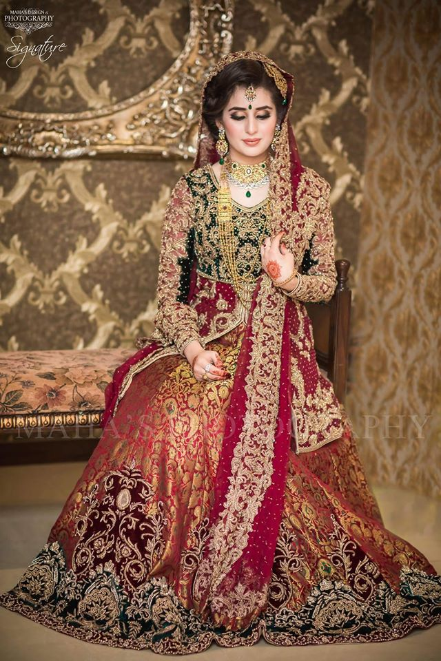 Beautiful Pakistani Bridal Dresses For Barat Day 2017 2018 Banarsi