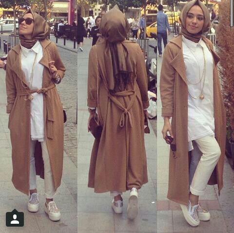 casual style Hijab with Sneakers and Jeans