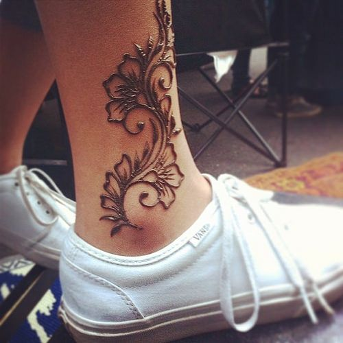 Simple Henna Tattoo for Leg