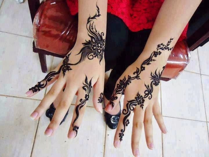 Stylish Henna Tattoo for Eid