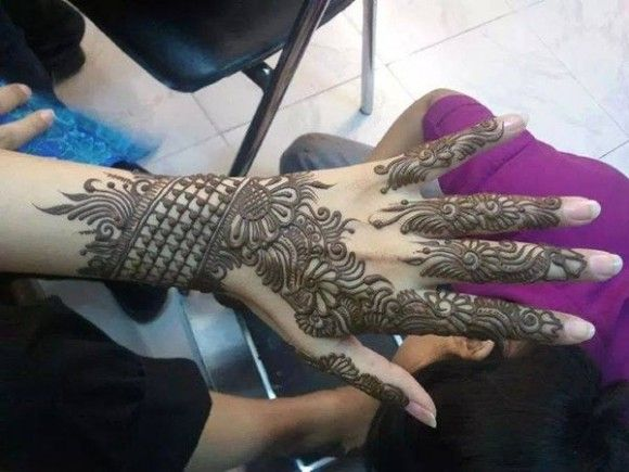 Eid Arabic Henna Pattern for full Hands