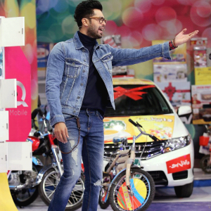 Fahad Mustafa in Pakistani Street Style Fashion 2017 for Men and boys