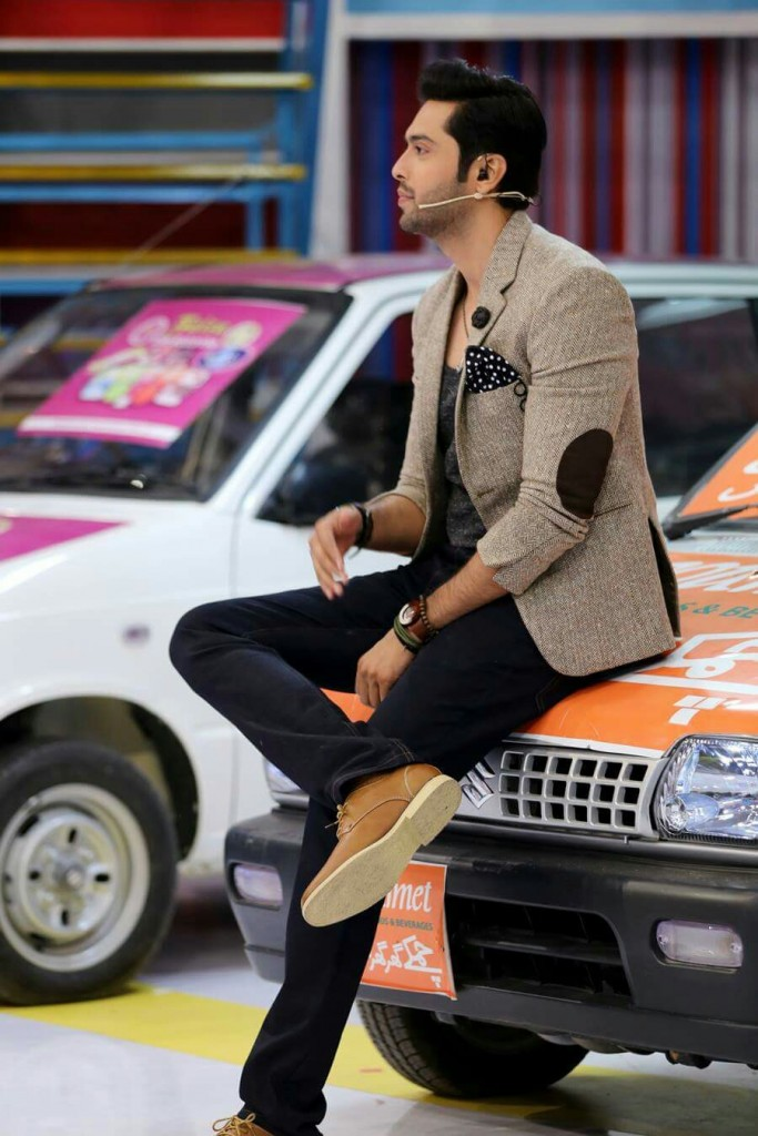 Pakistani Street Style Fashion outfit ideas 2017 for Men and boys