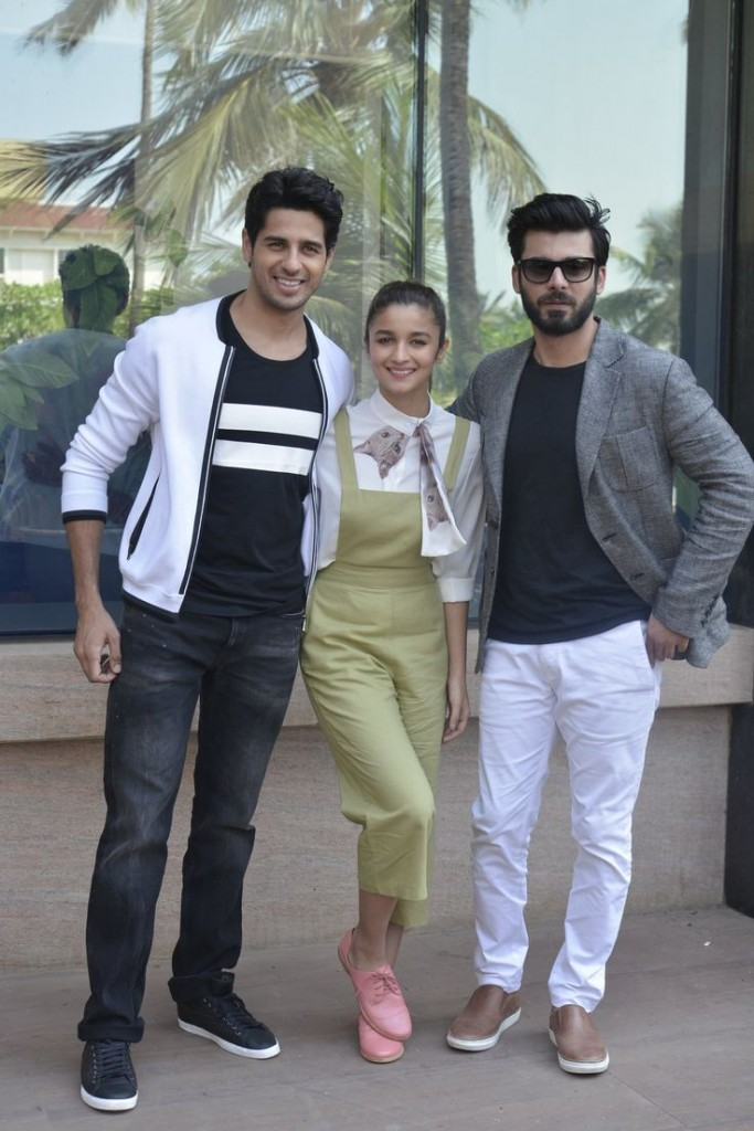 Alia Bhatt, Sidhant and Fawad Khan in Street Style Fashion outfit ideas 2017 for Men and boys
