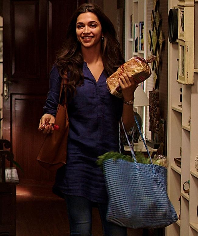 Deepika Padukon Short Kurti With Jeans designs for college girls 2017 2018