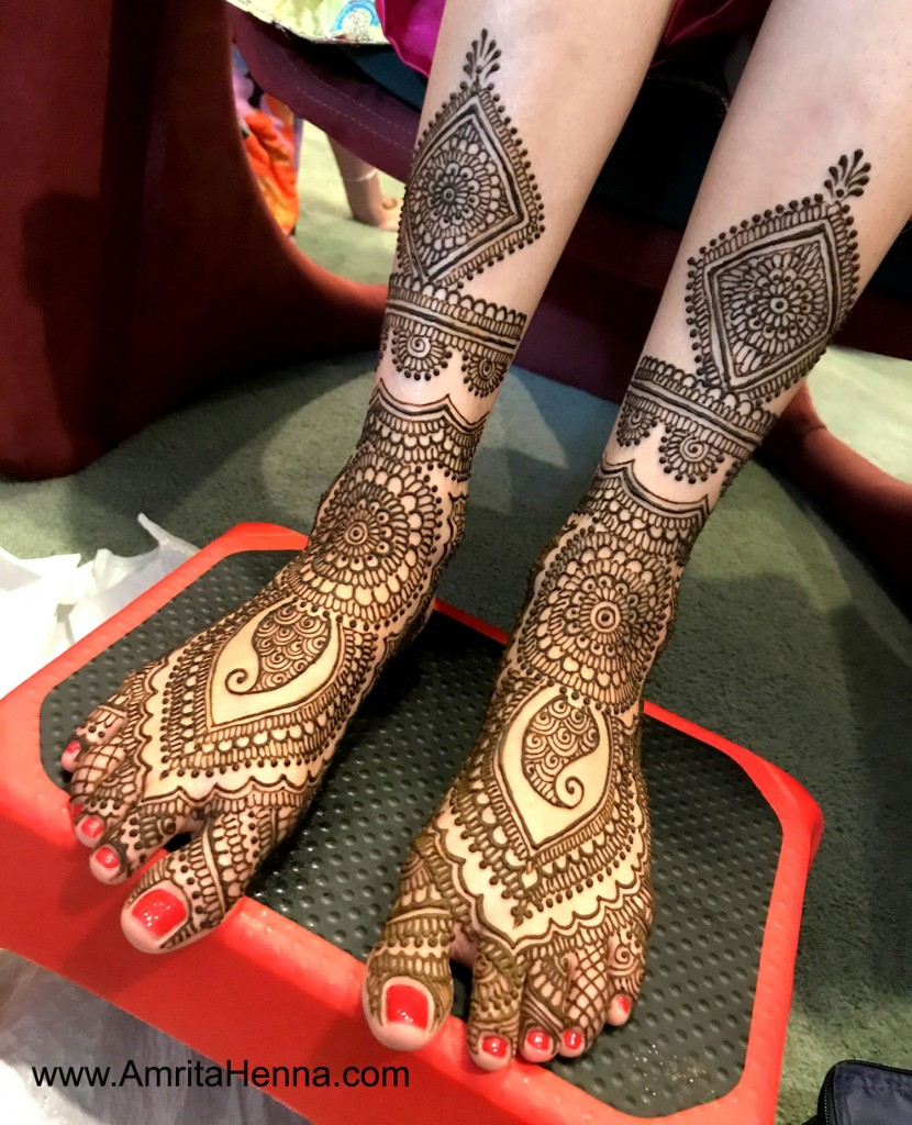 Feet Mehndi Designs Bridal : Best wedding henna designs to achieve traditional looks