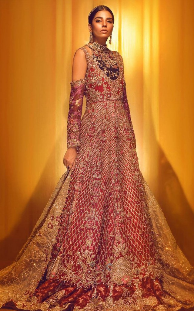 8c180a7eb 100+ Pakistani Bridal Dresses 2019 for Wedding Parties | FashionGlint
