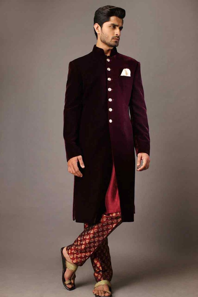 Pakistani Sherwani Designs In Velvet