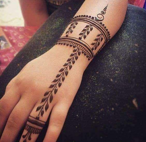 Jewelry Inspired Arabic Mehndi