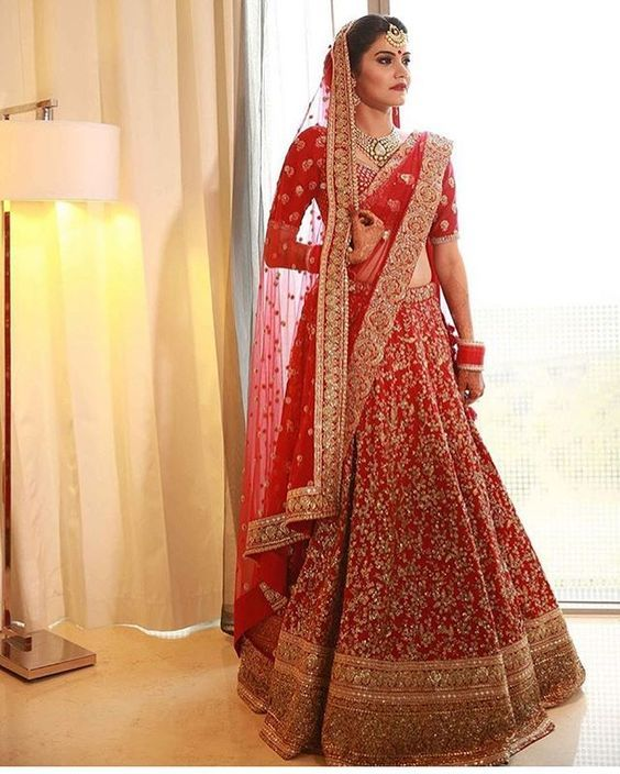 Chic Dupatta Draping Styles for lehnga and shalwar kameez for lehnga