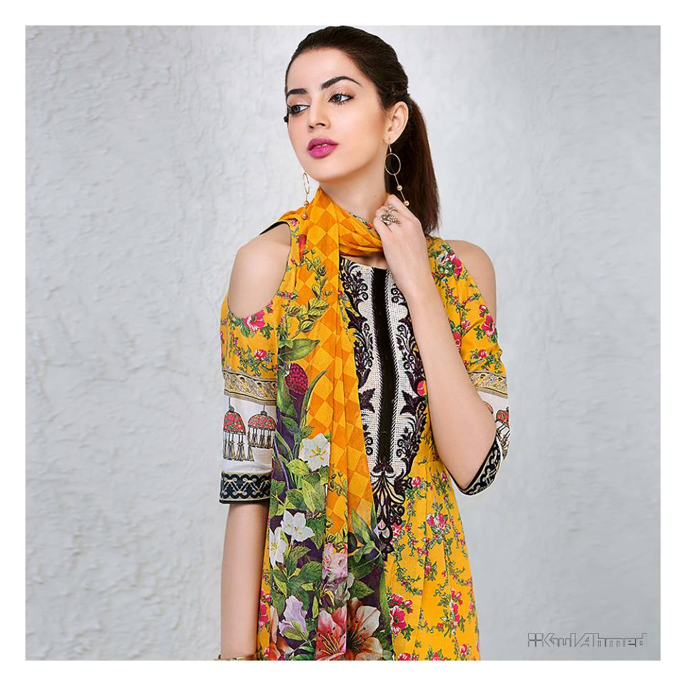Lawn Dresses Stitching Designs Pakistani for sleeves