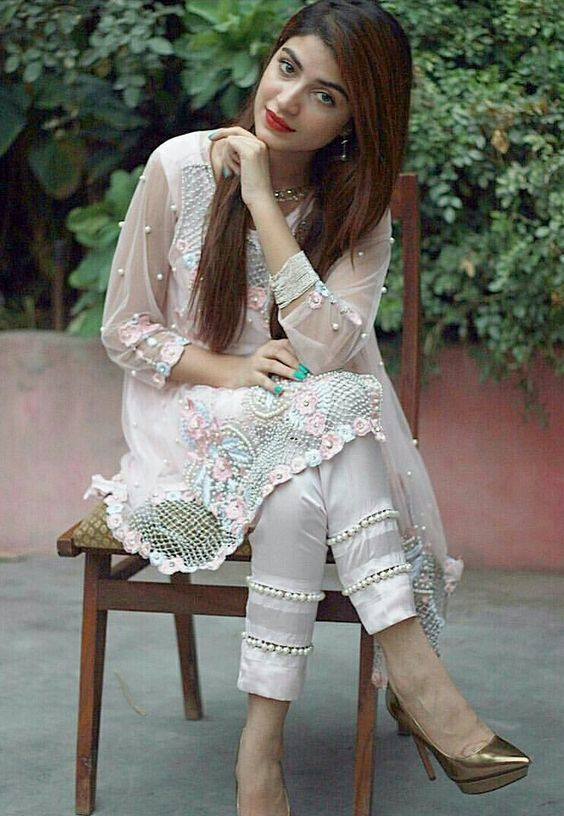 Straight Trouser Designs 2018 In Pakistan