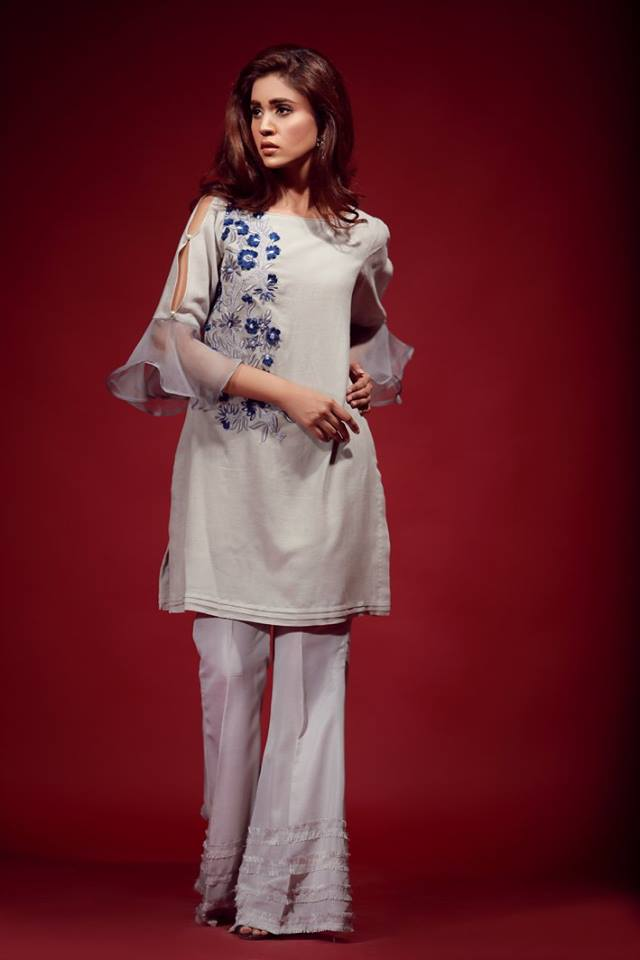 Slit Sleeves Designs In Pakistan To Try This Year